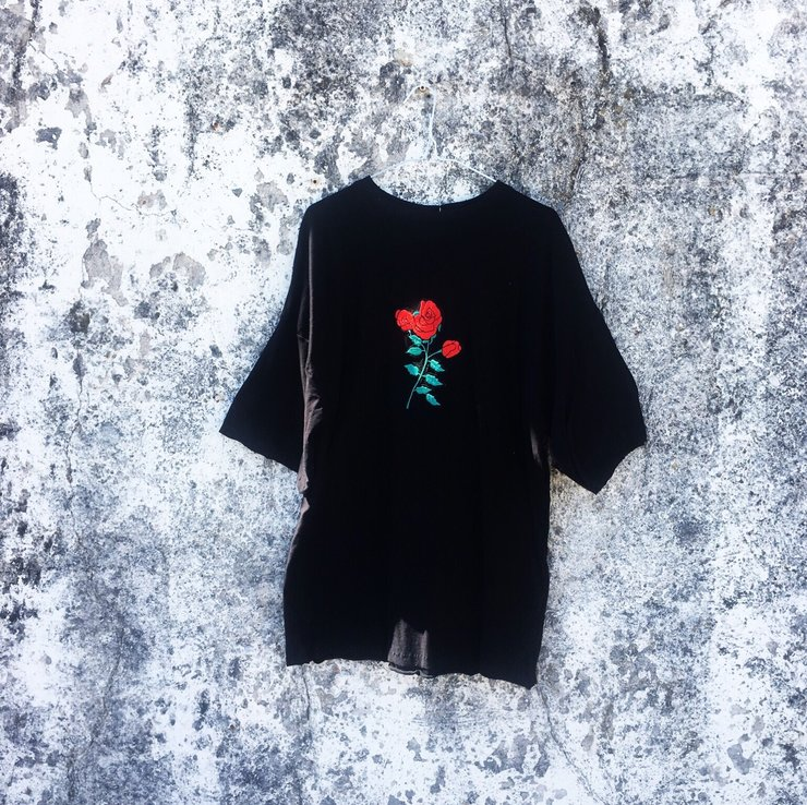 Large-RoseMotif T by Toyboy Designs