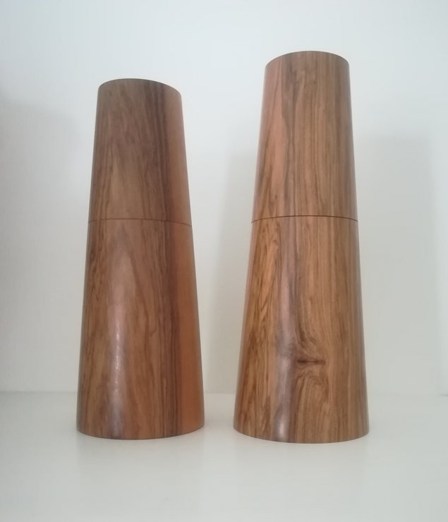 Salt and pepper mill set 22 by bykrause