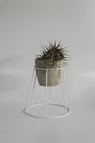 Small Basket Plant Stand